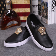 Бренди взуття Versace