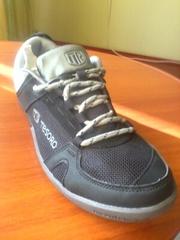 Продам новые кросовки TESORO