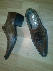Продам туфли (козаки)